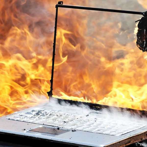 How-to-Fix-an-Overheating-Laptop